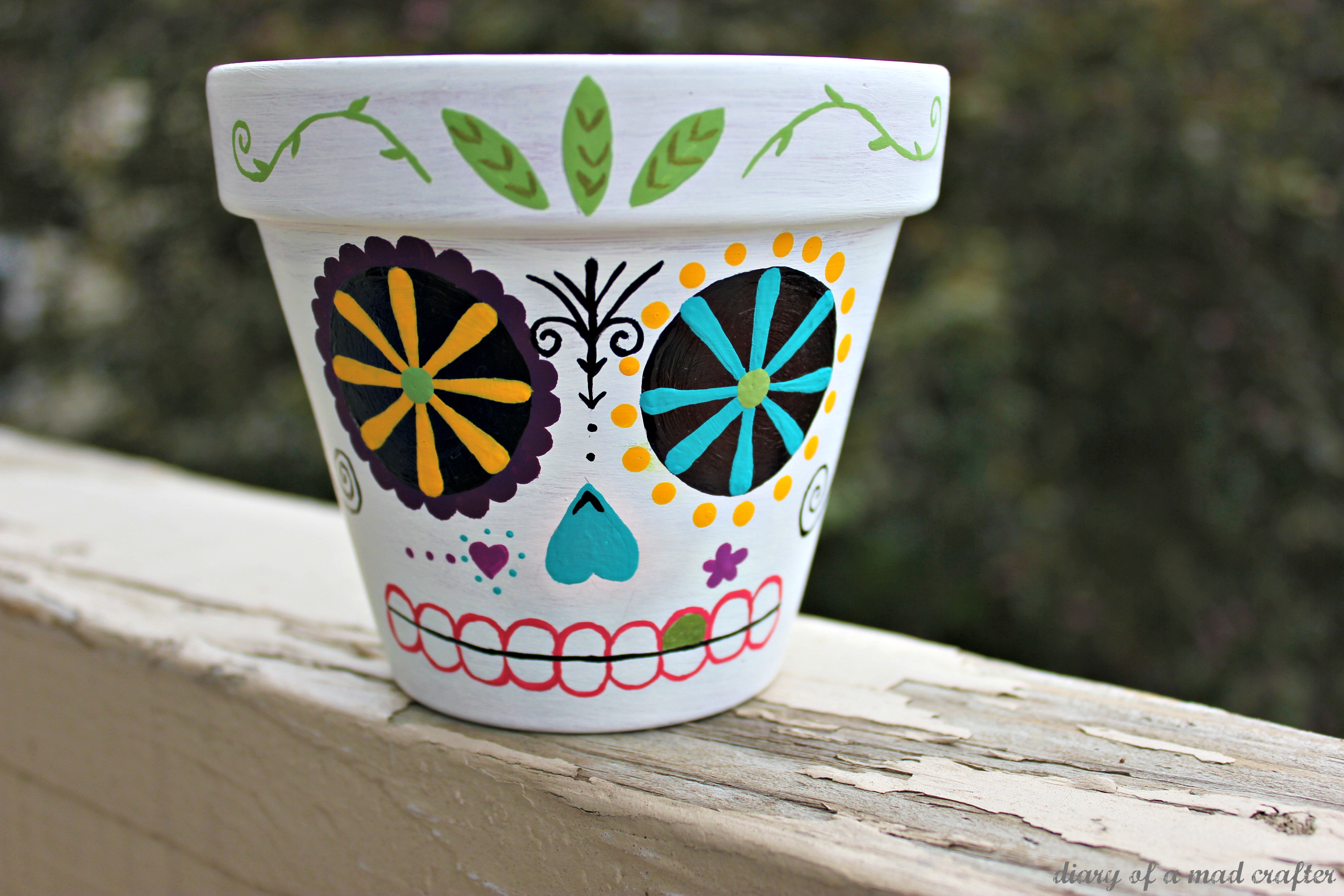 Sugar skull planter: A tutorial | Diary of a Mad Crafter
