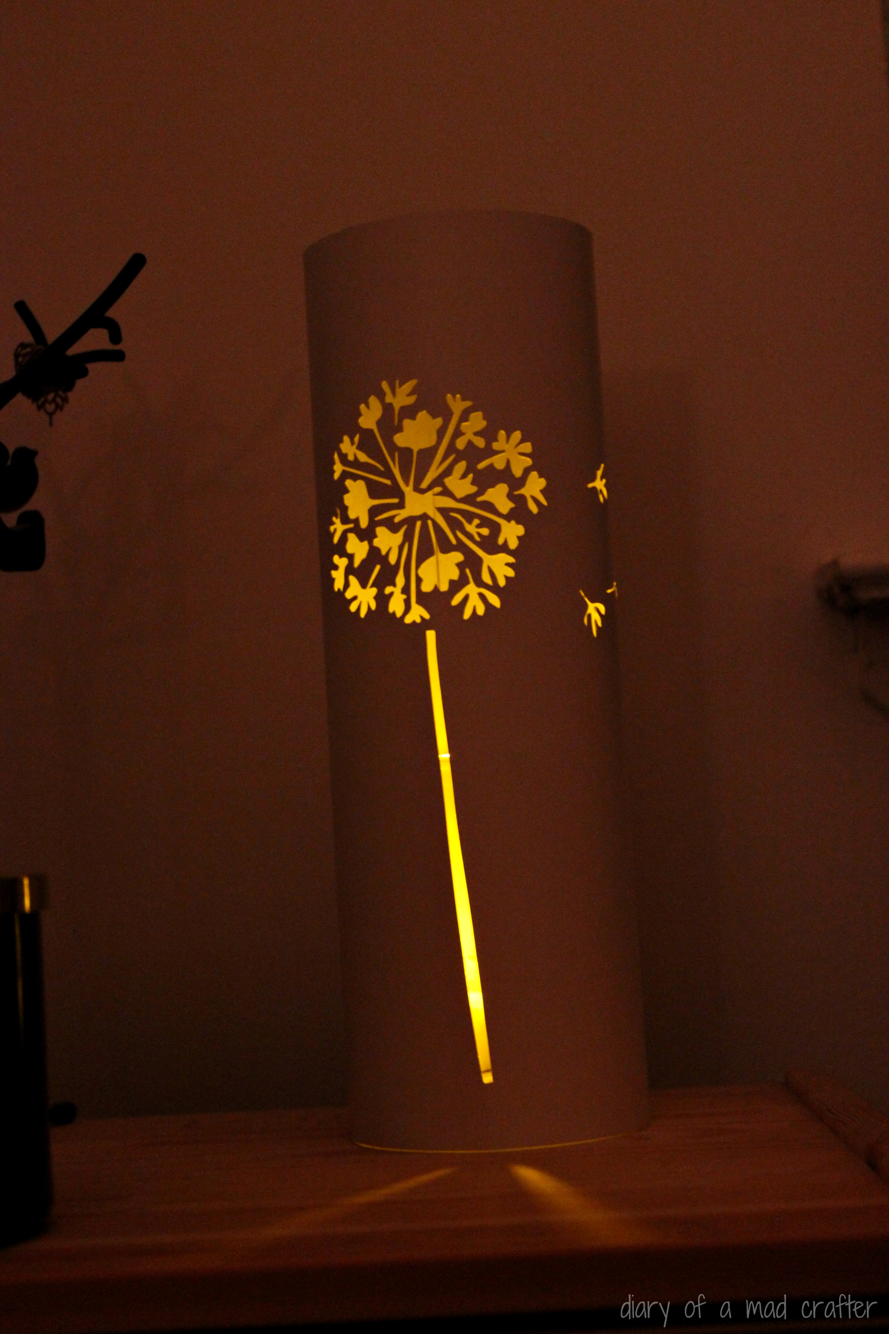 Dandelion paper lantern a tutorial diary of a mad crafter for Paper lantern tutorial