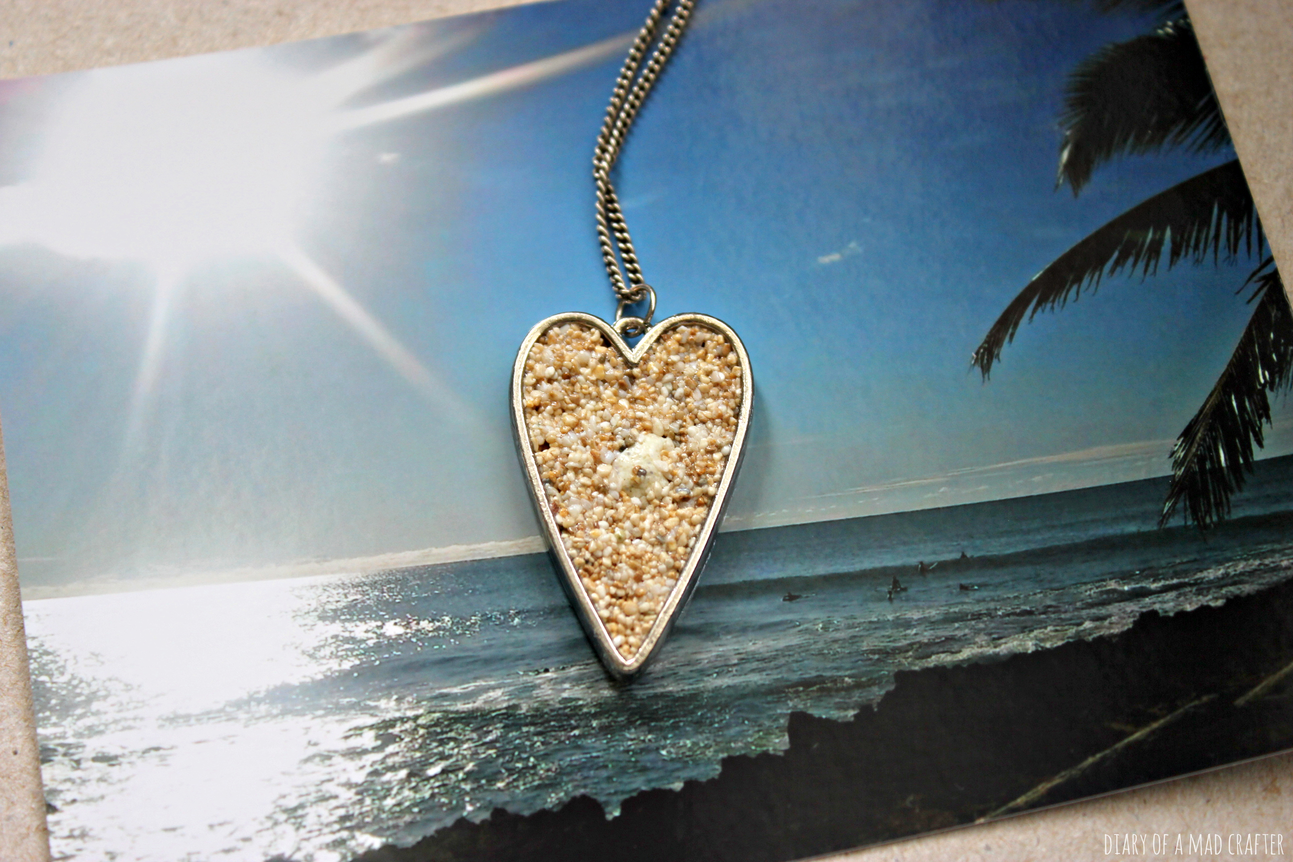 how to make sand jewelry
